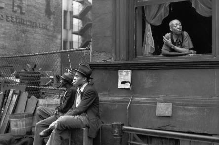 Henri Cartier-Bresson. Harlem, New York, 1947