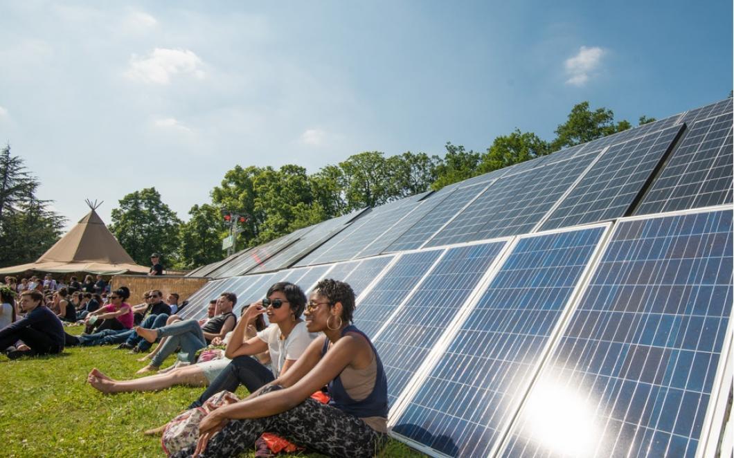 Firefly Solar, Hybrid Generator. Image courtesy: Firefly Solar and Powerful Thinking