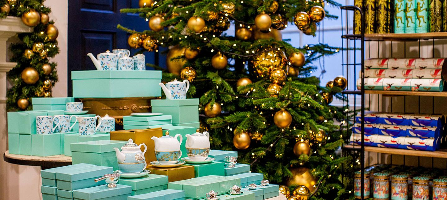 Fortnum 39 s christmas arcade somerset house - Fortnum and mason christmas decorations ...