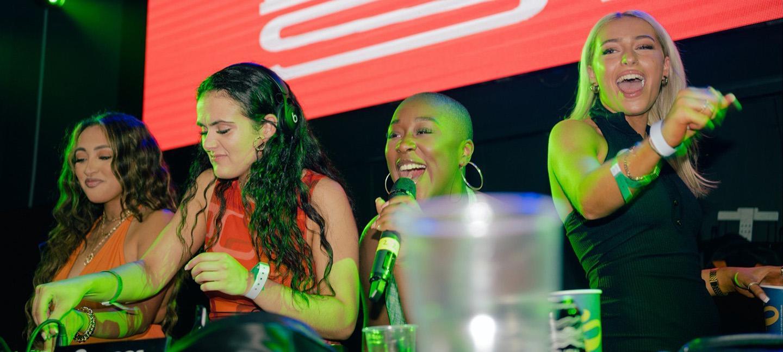Foundation FM - Girls Dont Sync