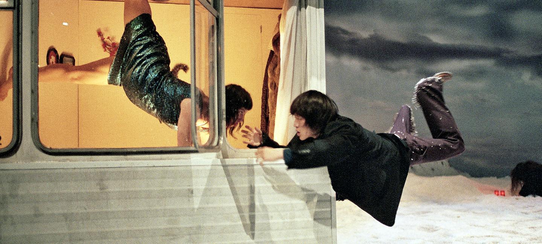 Peeping Tom, 32 RUE VANDENBRANDEN © Herman Sorgeloos