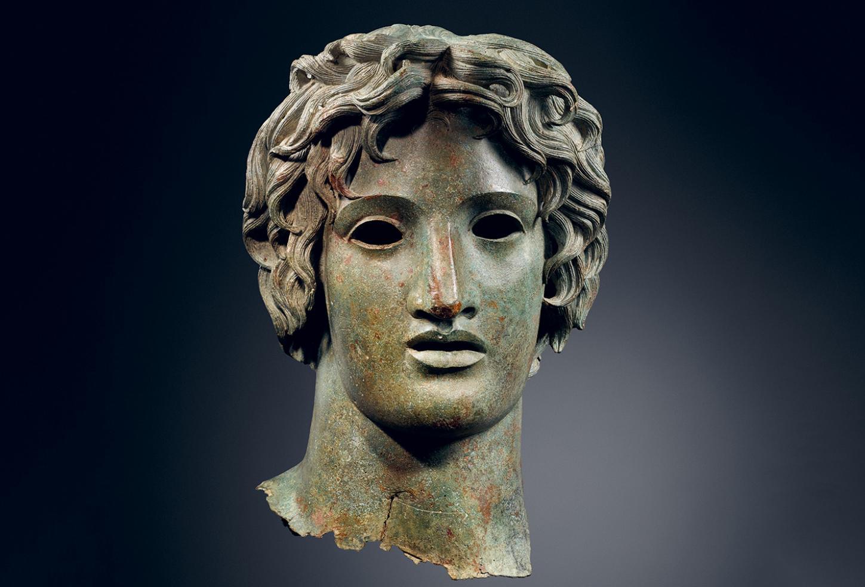 The Classical Now, Bronze head of Apollo, first to second centuries AD, 40 × 25 × 27 cm. © MACM (Musée d'Art Classique de Mougins).
